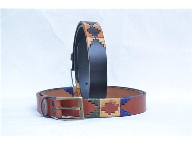Cinturon cuero genuino con bordados hilo acerado