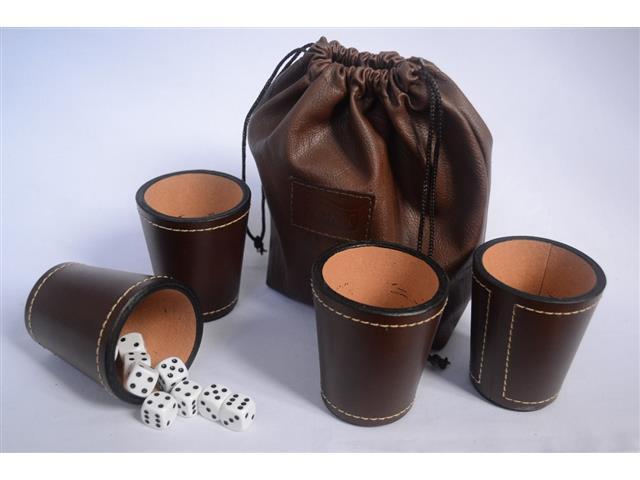 Set de 4 cachos en cuero genuino, 20 dados, bolsa de cuero