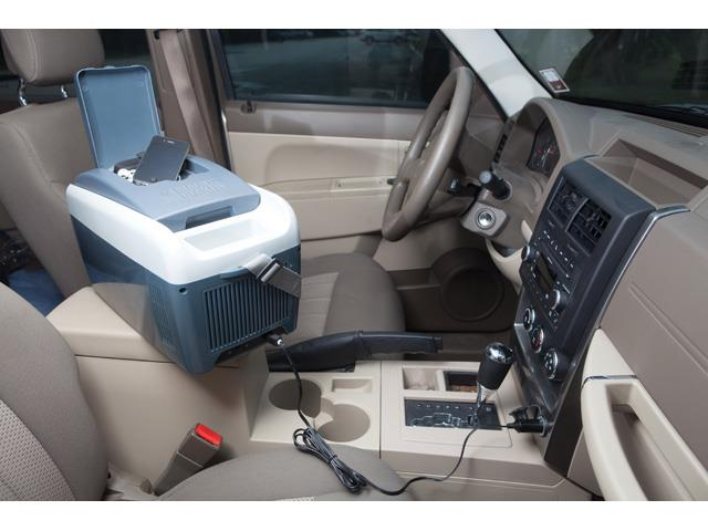 Mini Geladeira Portátil para Carro Blacker&Decker 6 Litros - 5