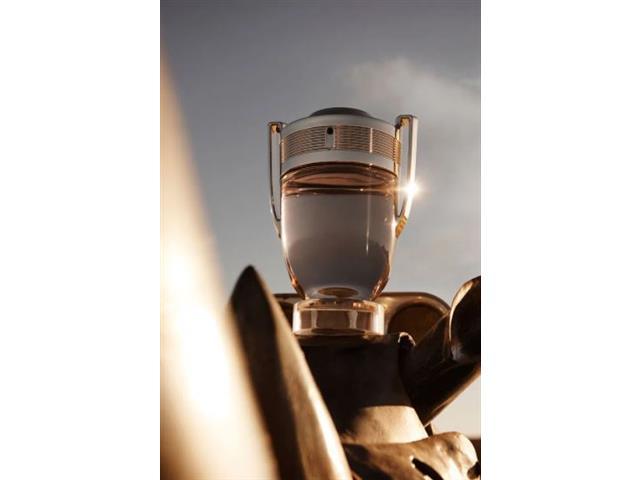 Perfume Paco Rabanne Invictus Masculino Eau de Toilette 200ML - 3
