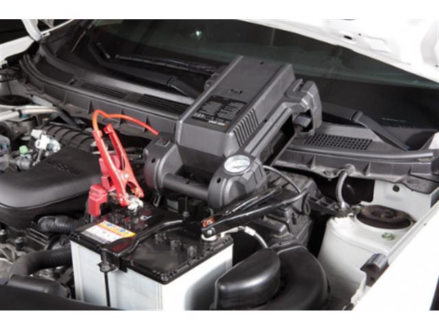 Auxiliador de Partidas e Compressor Black&Decker 350 Amperes 12V - 2