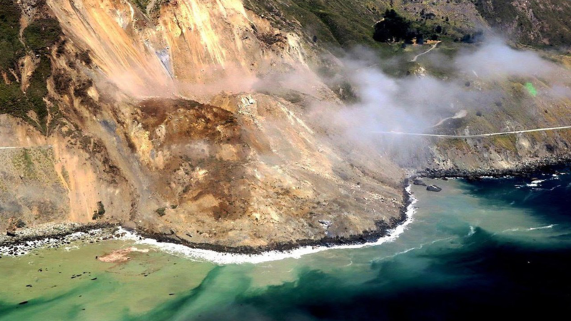 Automated Change Detection: Viewing the Big Sur Landslide with Satelytics