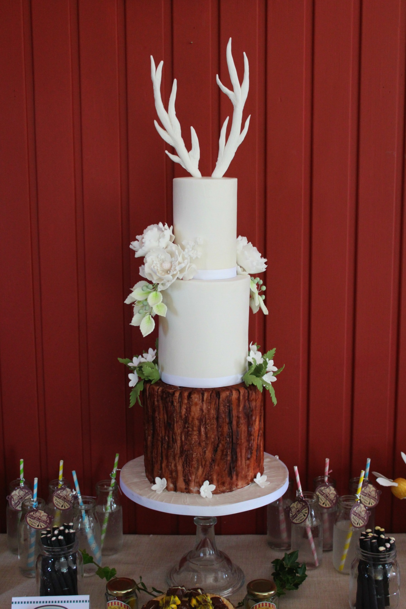 Antler Tree Trunk Cake Luxury Rustic Nature Wedding