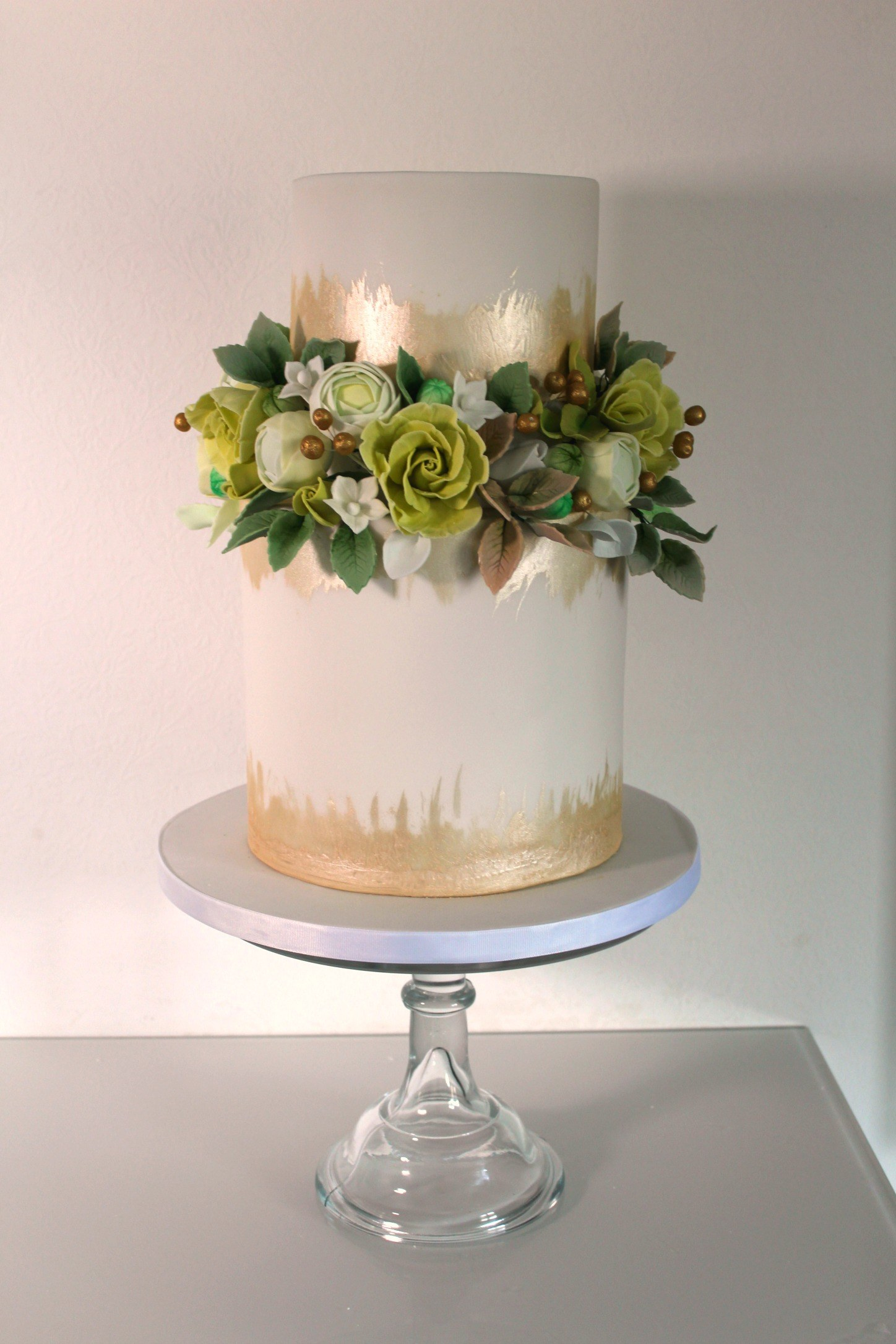 Boho Gold Foliage wedding cake