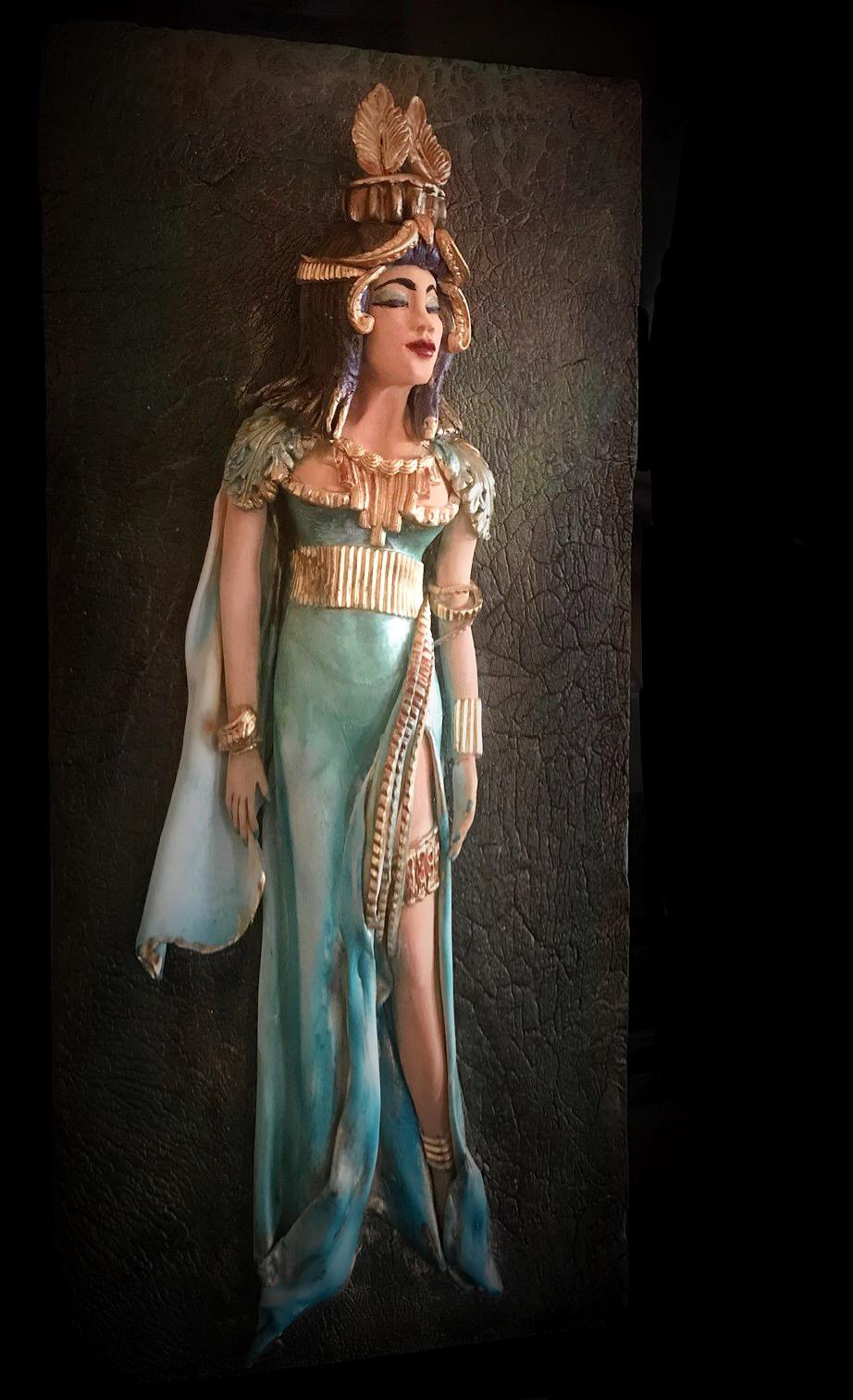 Egyptian woman fondant sculpture