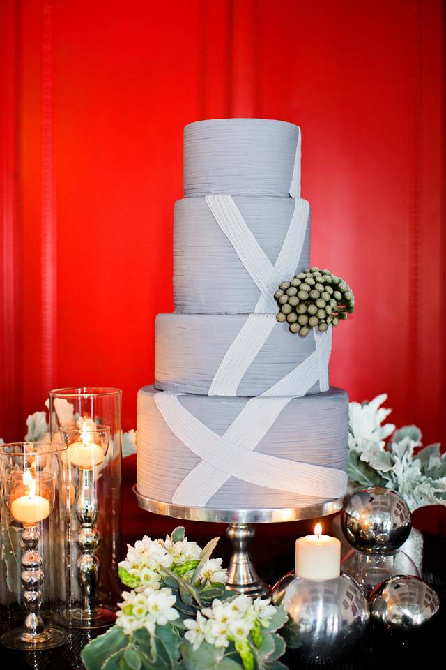 Jennifer-Johnson-Johnsons-Custom-Cakes-Wedding-Elegant.jpg#asset:14833