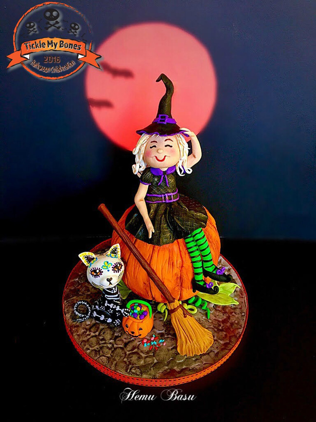 Halloween Witch and pumpkin cake topper