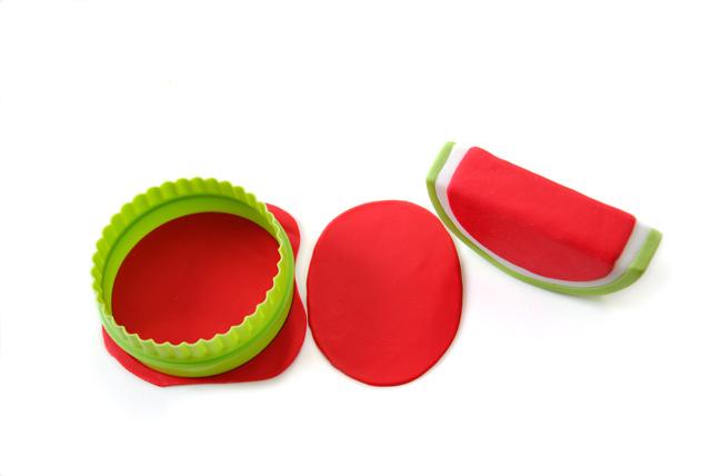 Watermelon-Girl-4.jpg?mtime=20180507135633#asset:26822