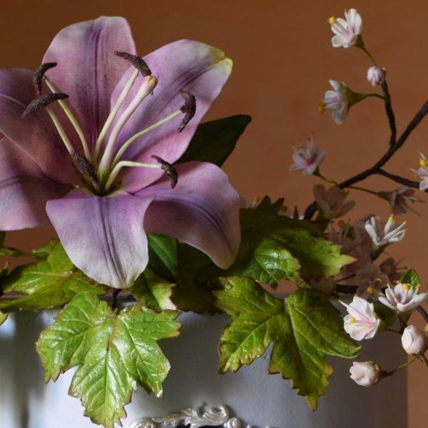 VeronicaSeta_VeronicaSetaCakes_flower-2.JPG#asset:17885:homeSlider