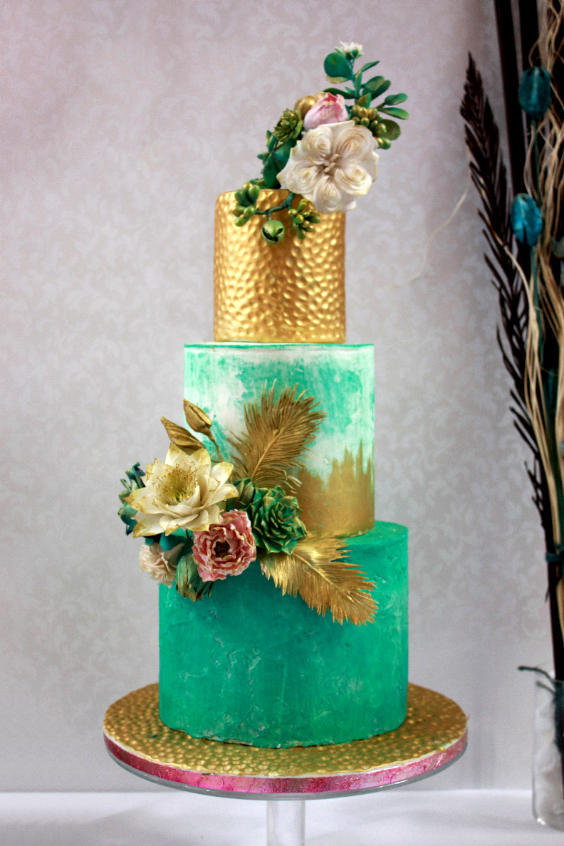 forest green wedding cake adela calvo satin 14405