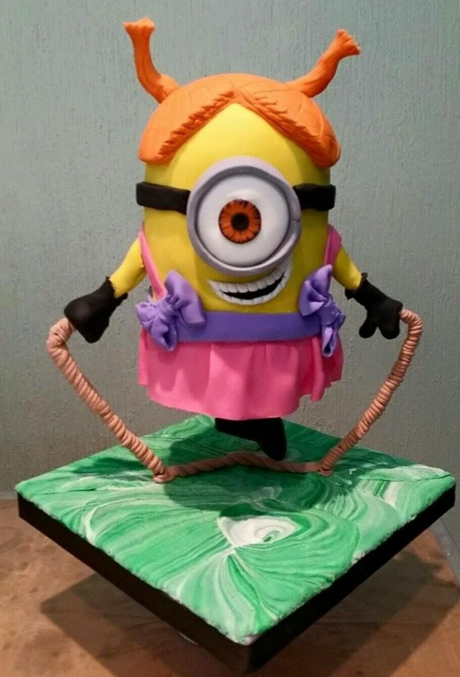 Gravity Defying fondant minion