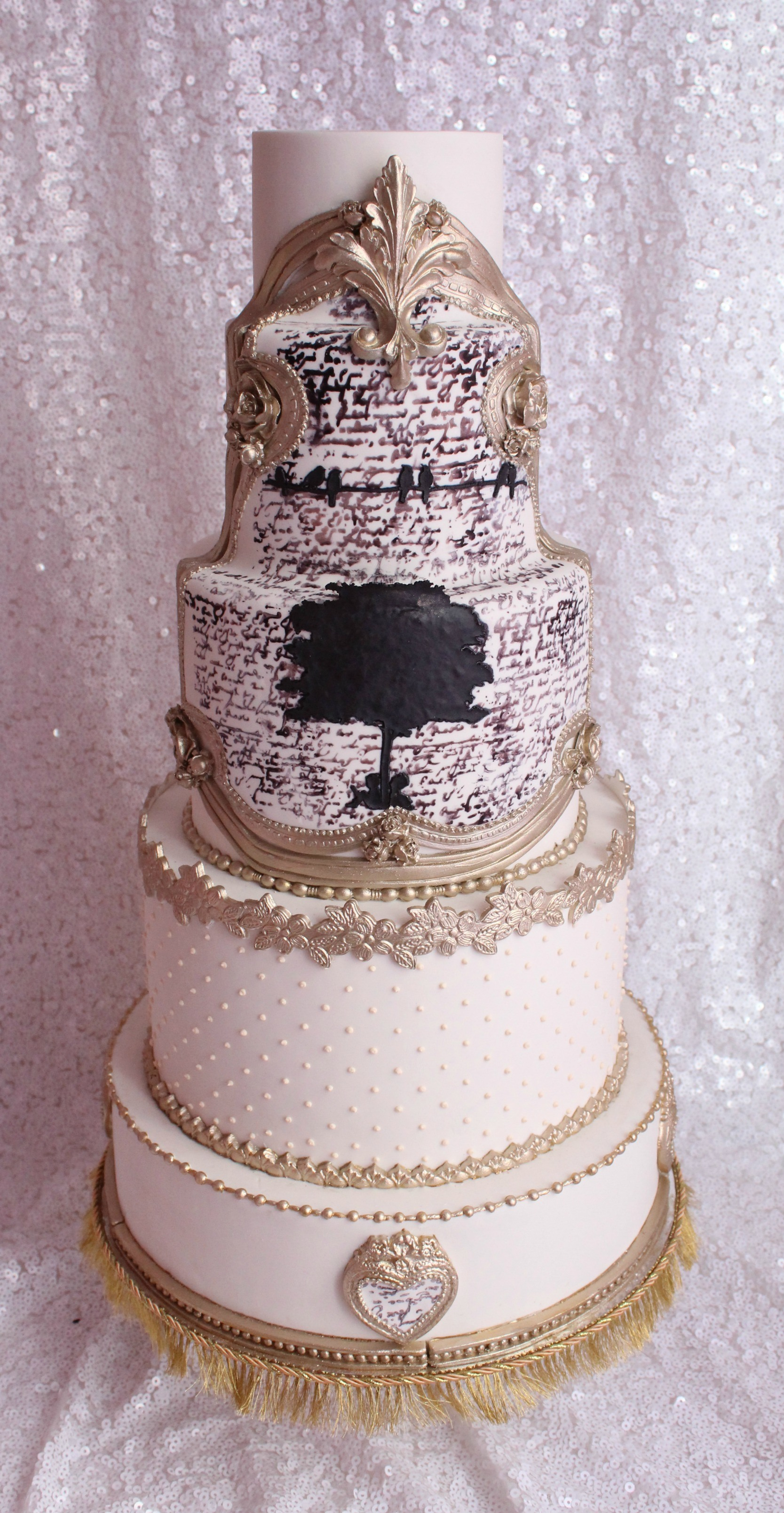 Baroque Rococo styled wedding cake