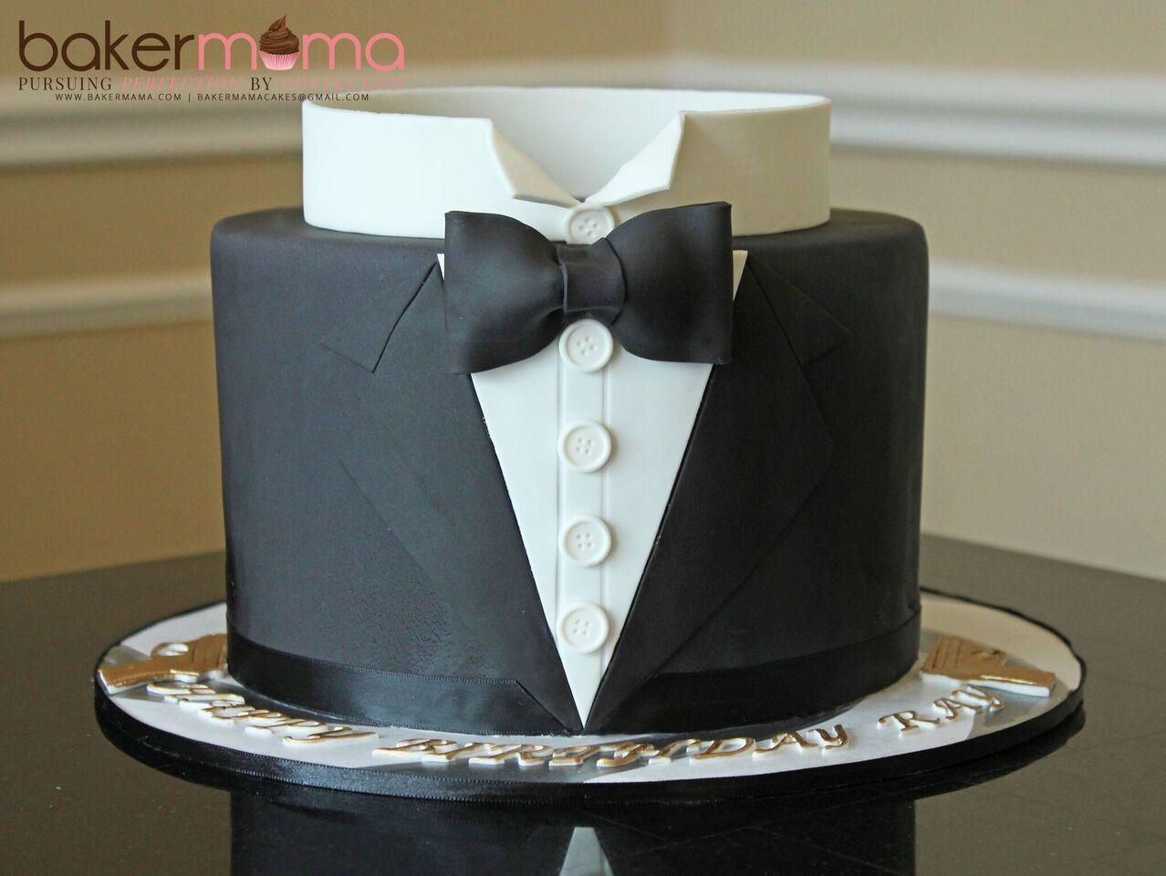 Tuxedo barrel cake