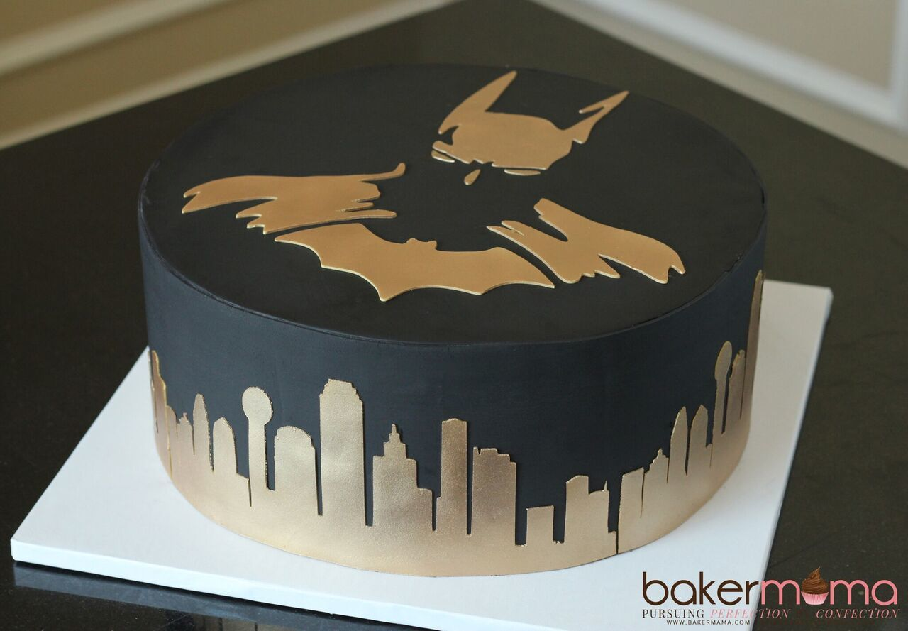 Black and gold batman cake