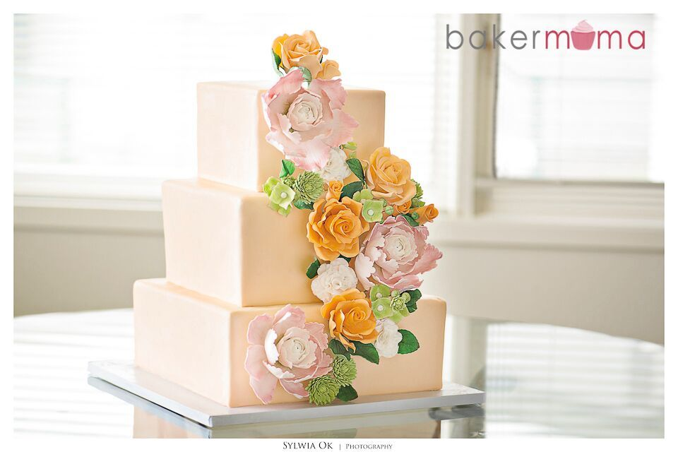 Peach fondant Wedding with sugar flowers