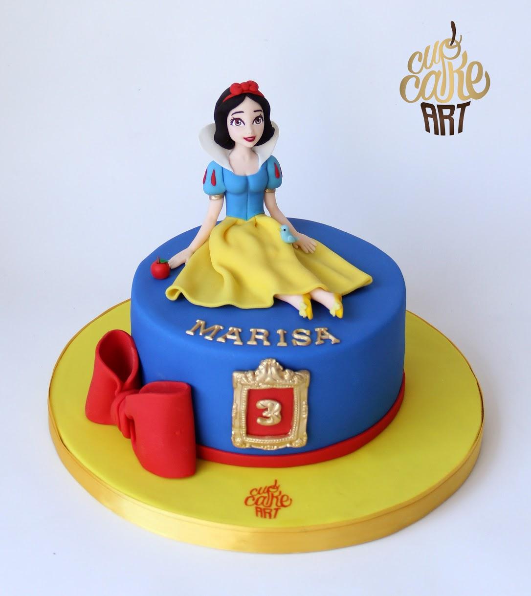 Mini Snow White Cake