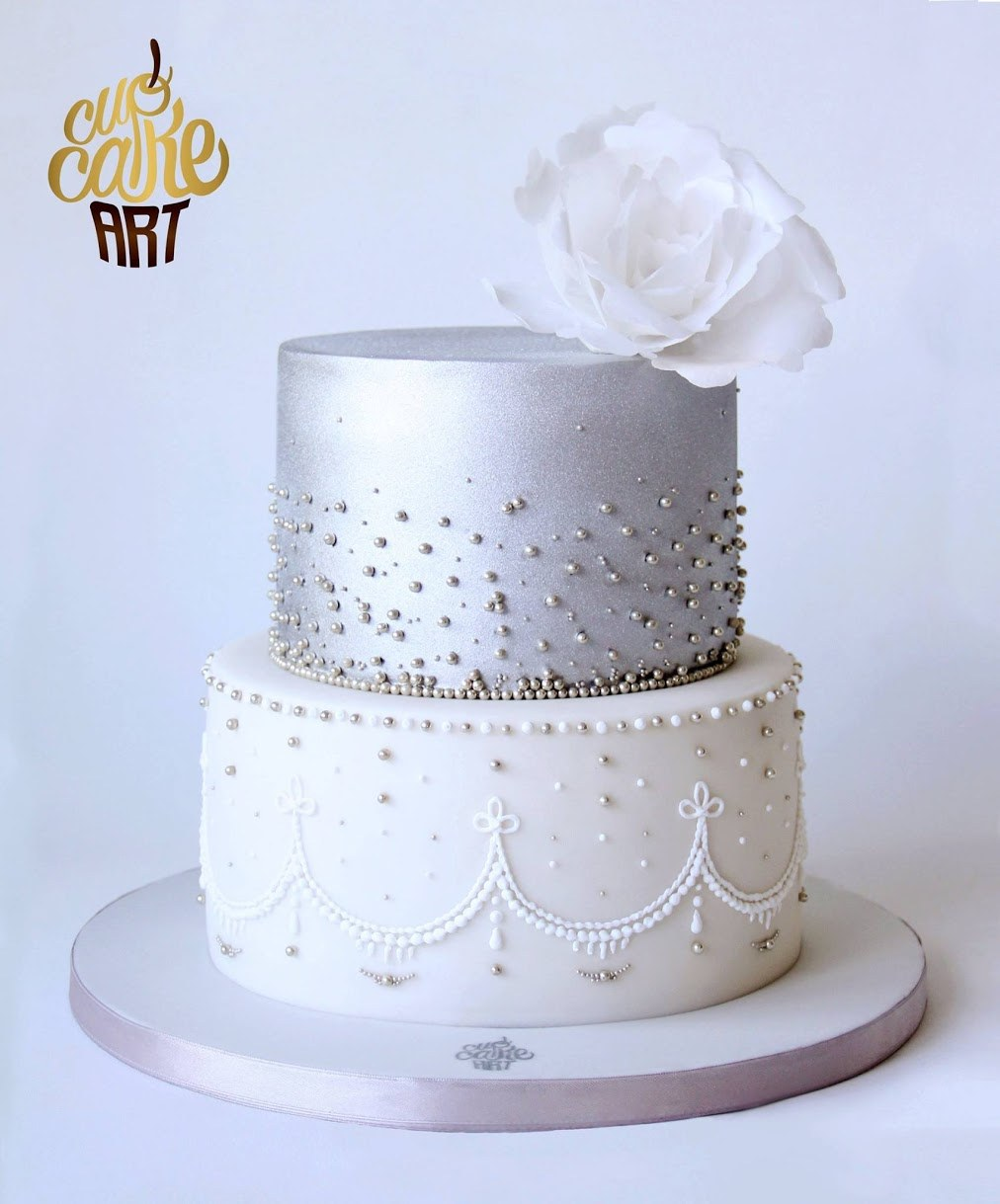 Metallic Silver and white fondant wedding cake