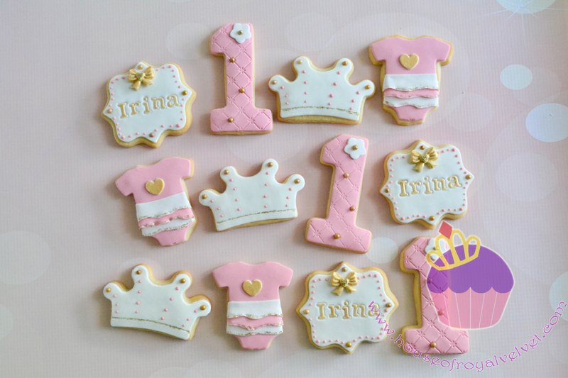 Pink and white 1st birthday princess fondant cookies