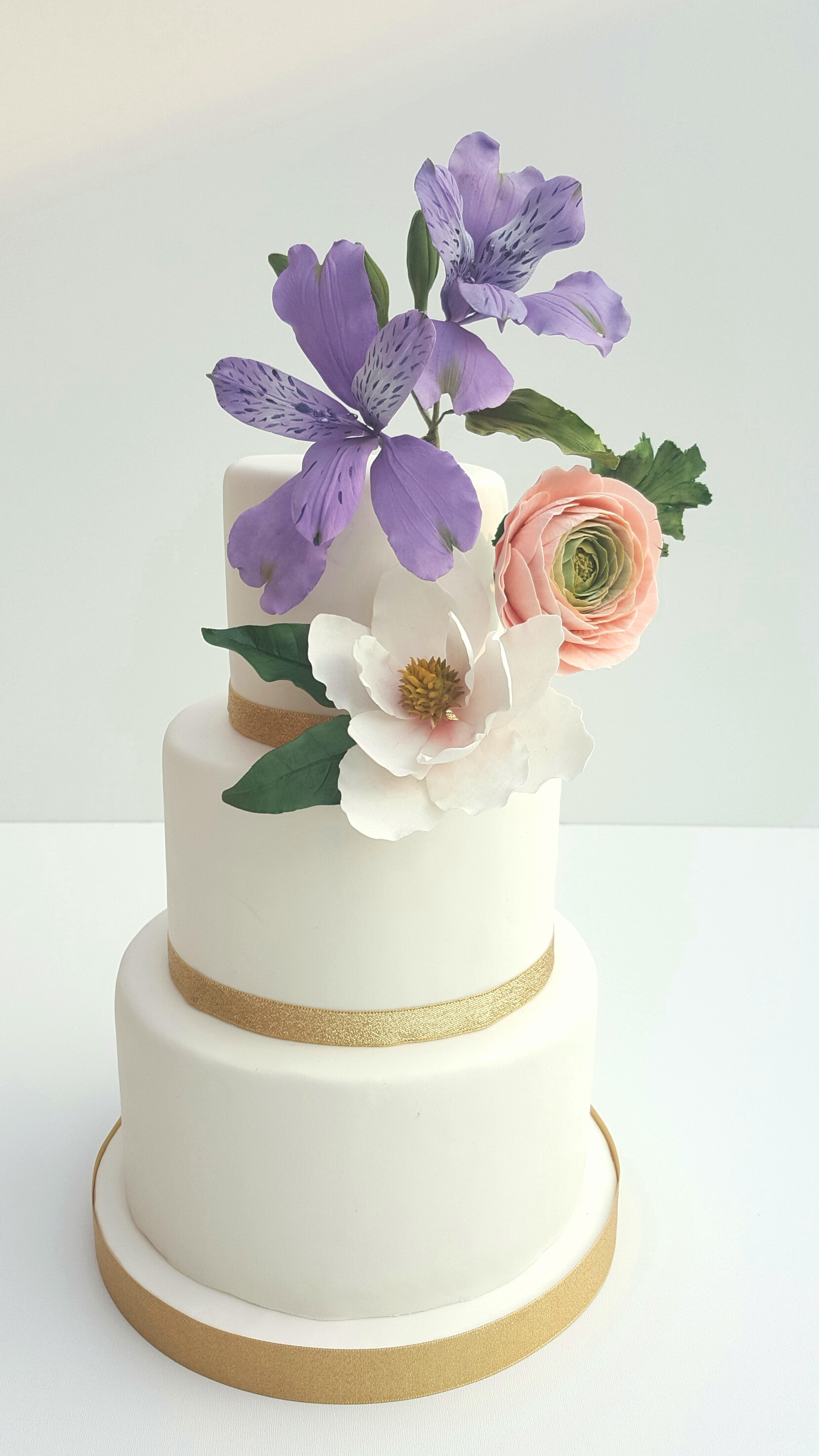 White Wedding with spring Sugar flowers