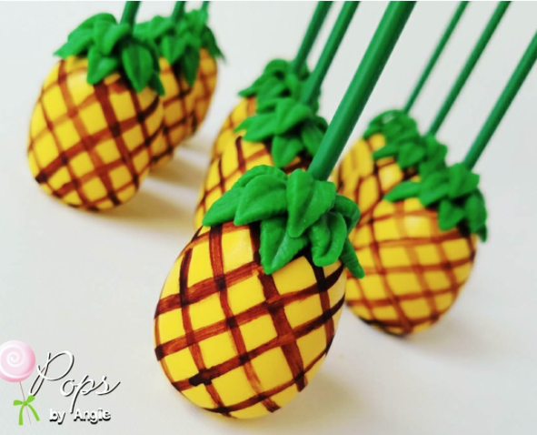 Pineappl cake pops with fondant