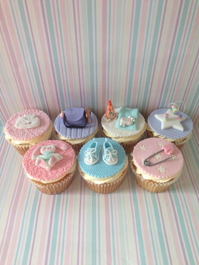 pink and blue baby shower cupcakes