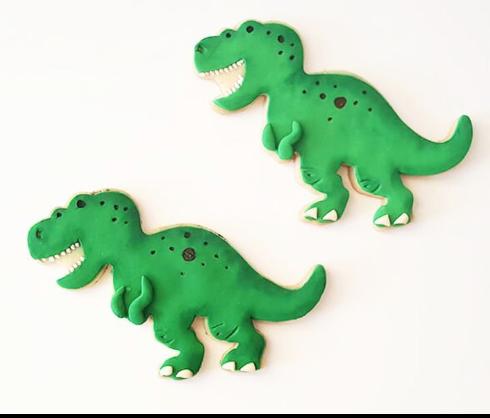 Green fondant dinosaur cookies
