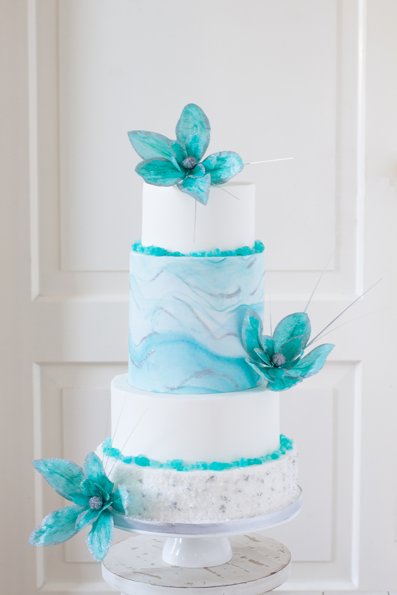 Turquoise and white watercolor fondant wedding