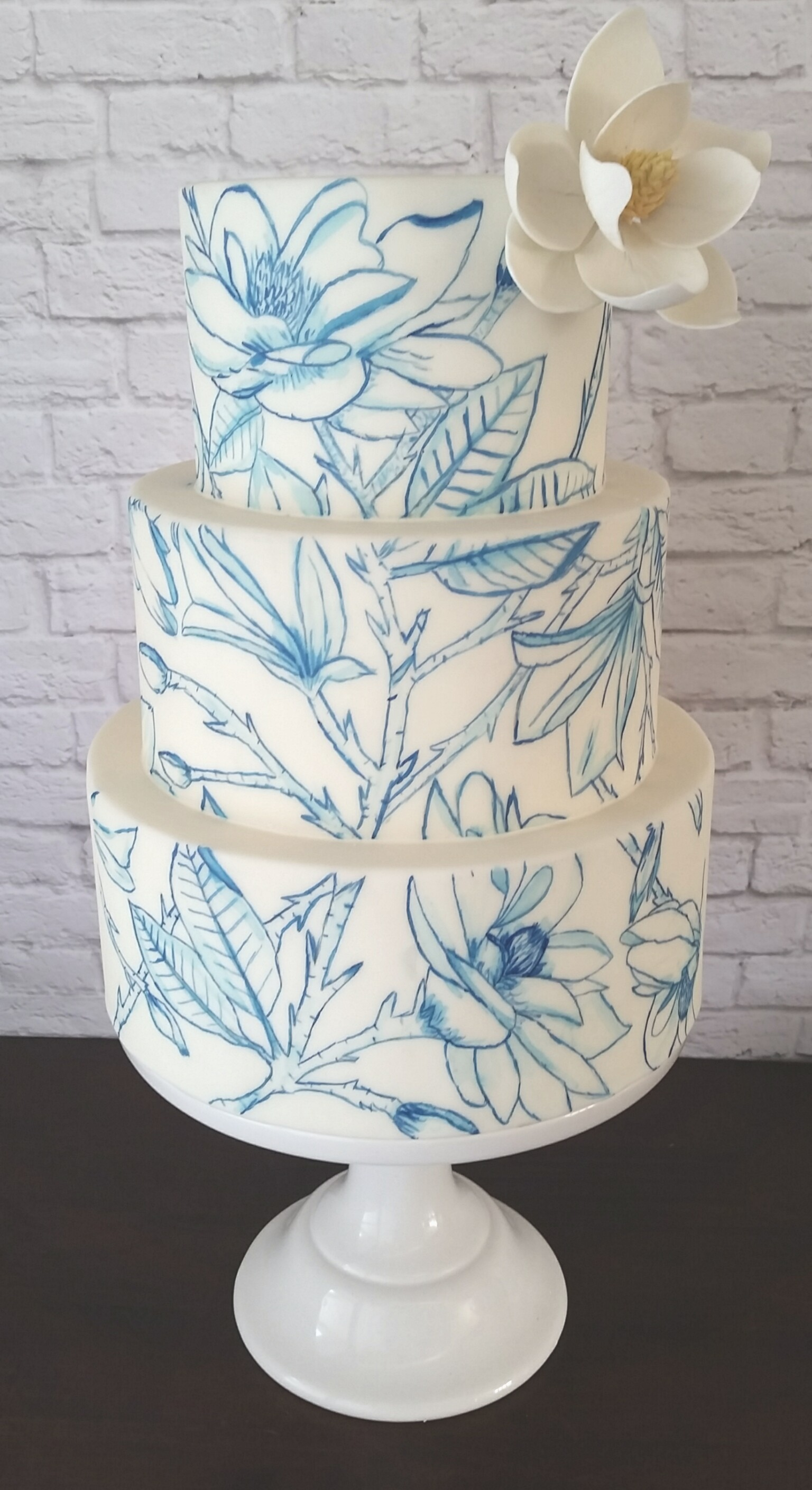 White & Blue hand painted outlined flower Wedding cake
