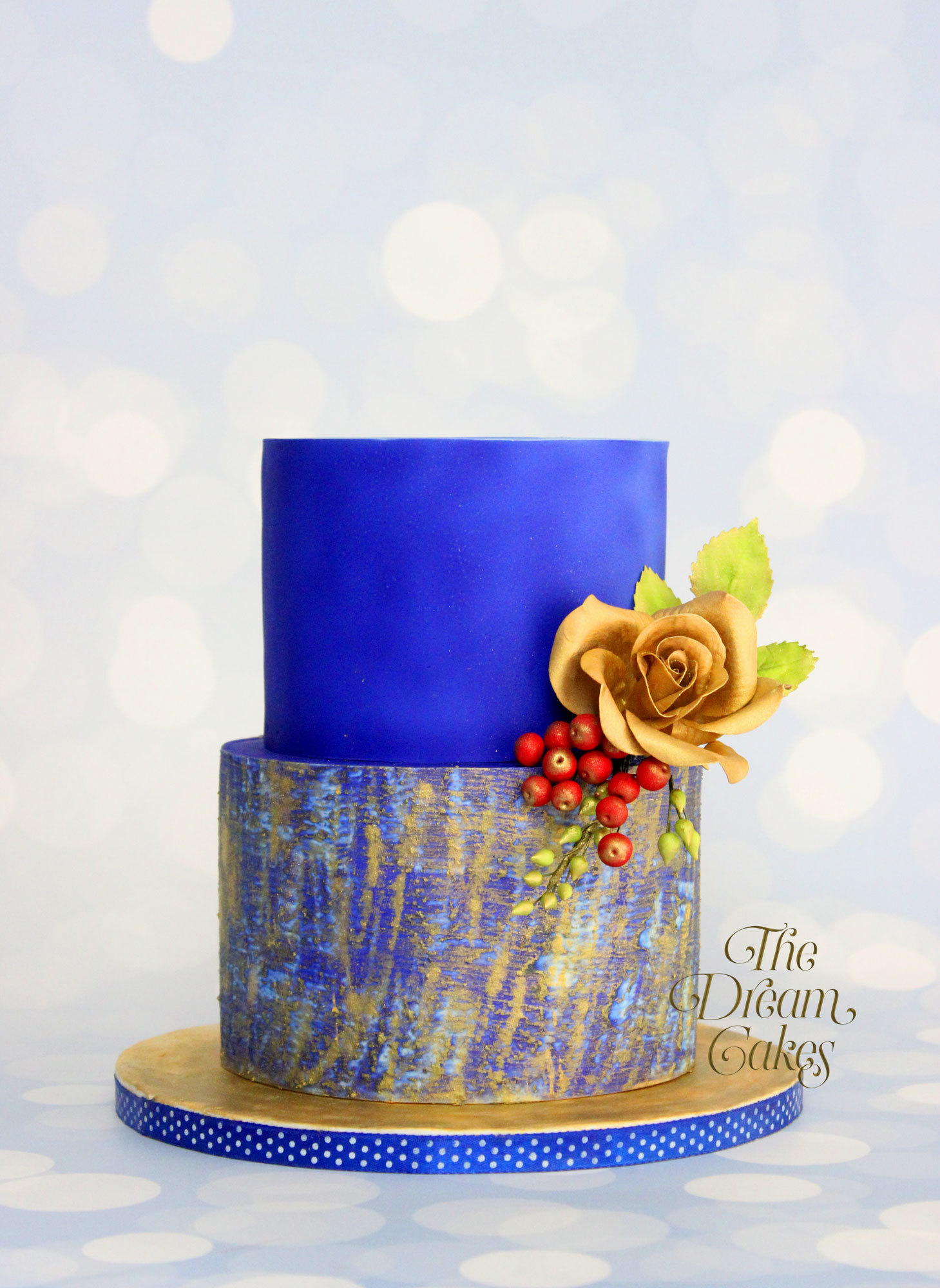 Blue watercolor wedding cake