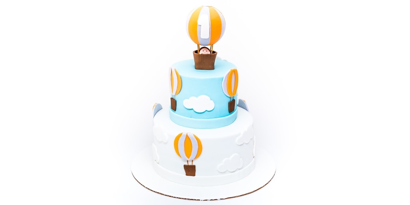 Blue & White Hot Air Balloon Cake