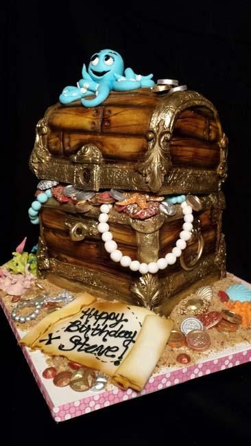 Fondant buried treasure birthday cake