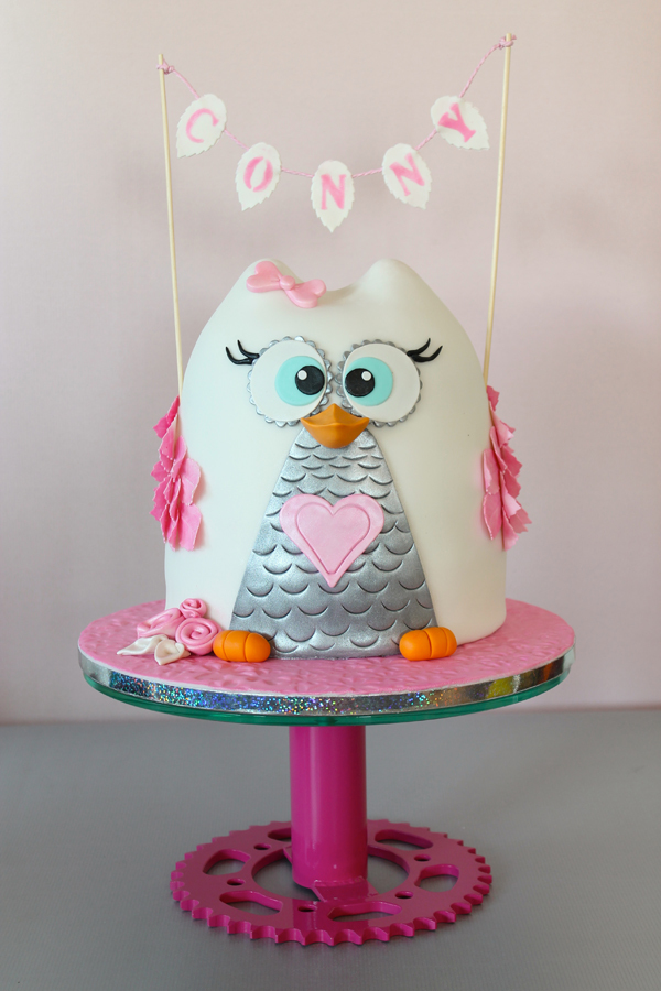 Owl shaped birthday girl cake