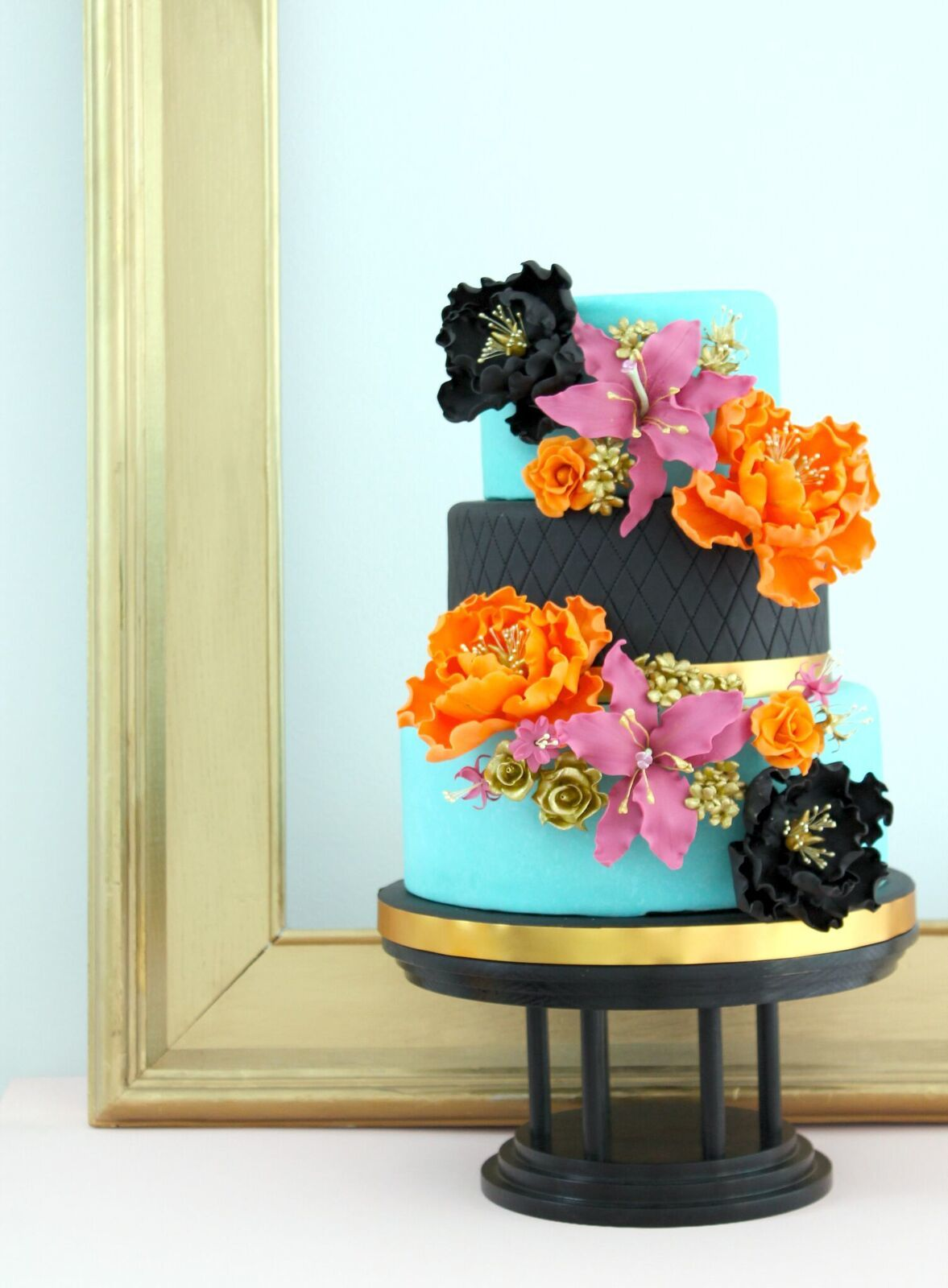 Turquoise and Black wedding with sugar flowers