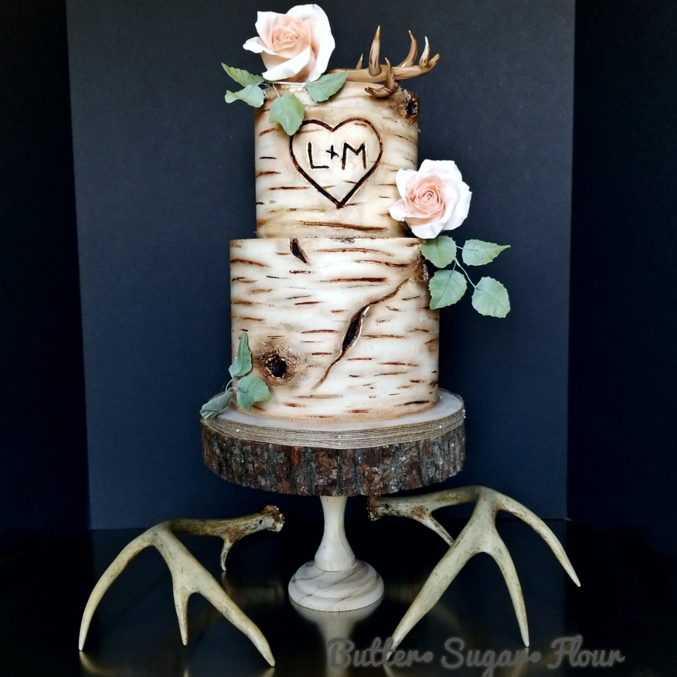 White birch fondant wedding cake