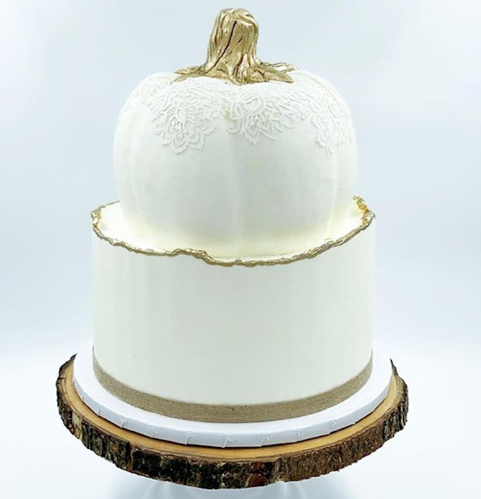 White pumpkin cake