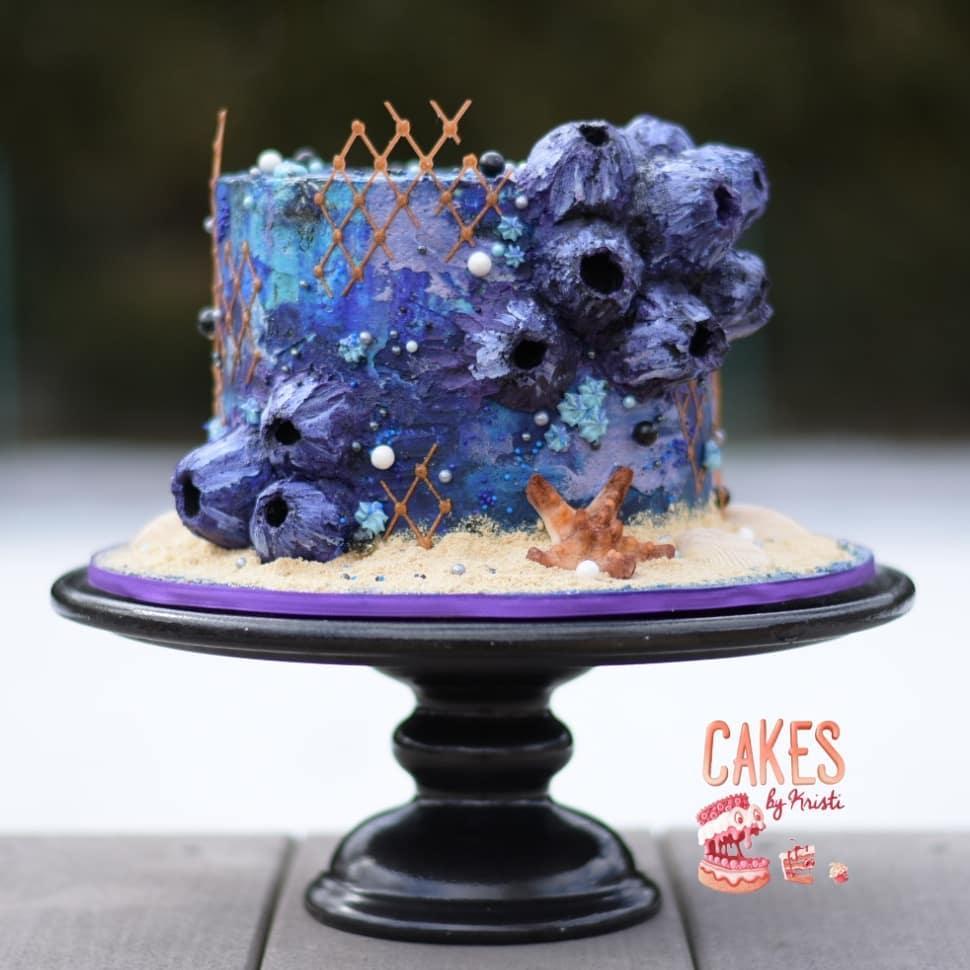 Eyeball halloween cake