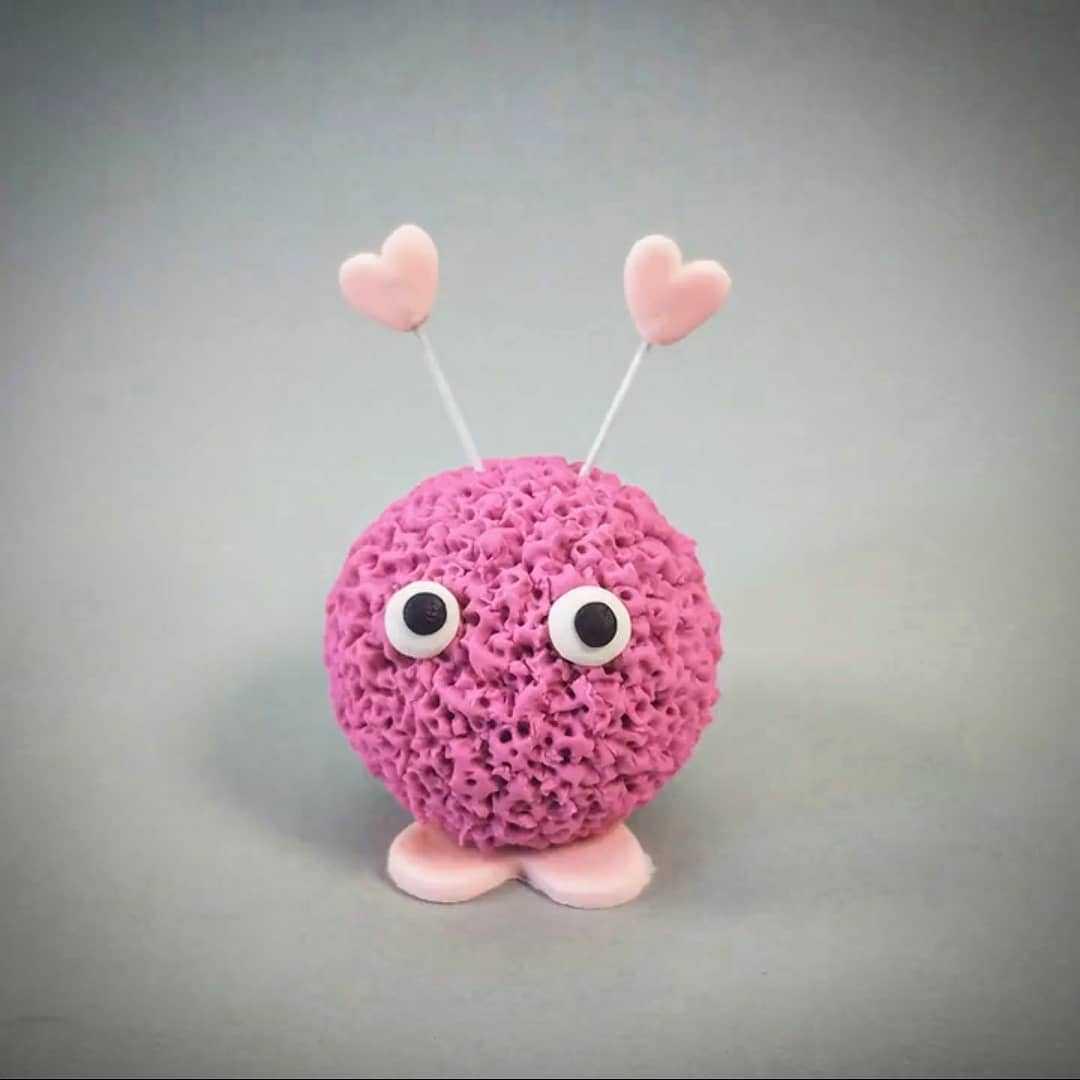 Valentine love bug cake topper