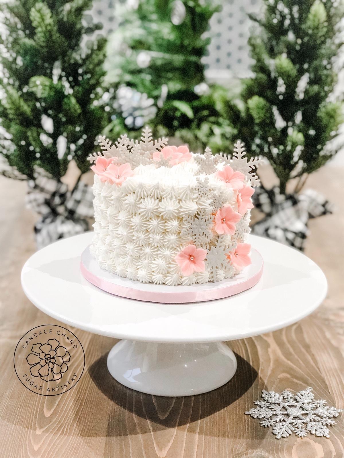 Winter snowflake buttercream cake