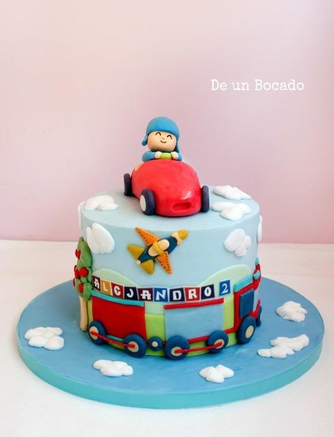 Baby train mini cake