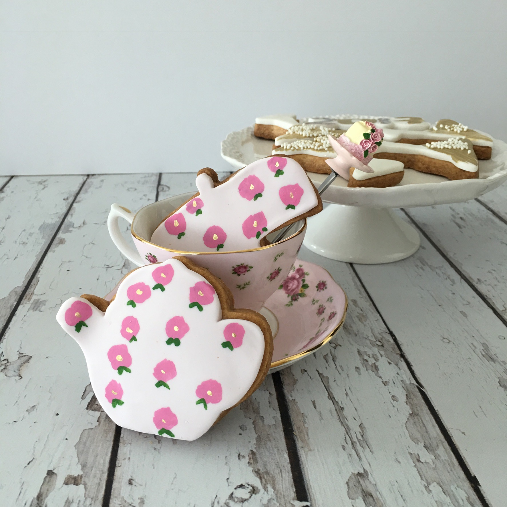 Hand painted pink flower tea pot cookies