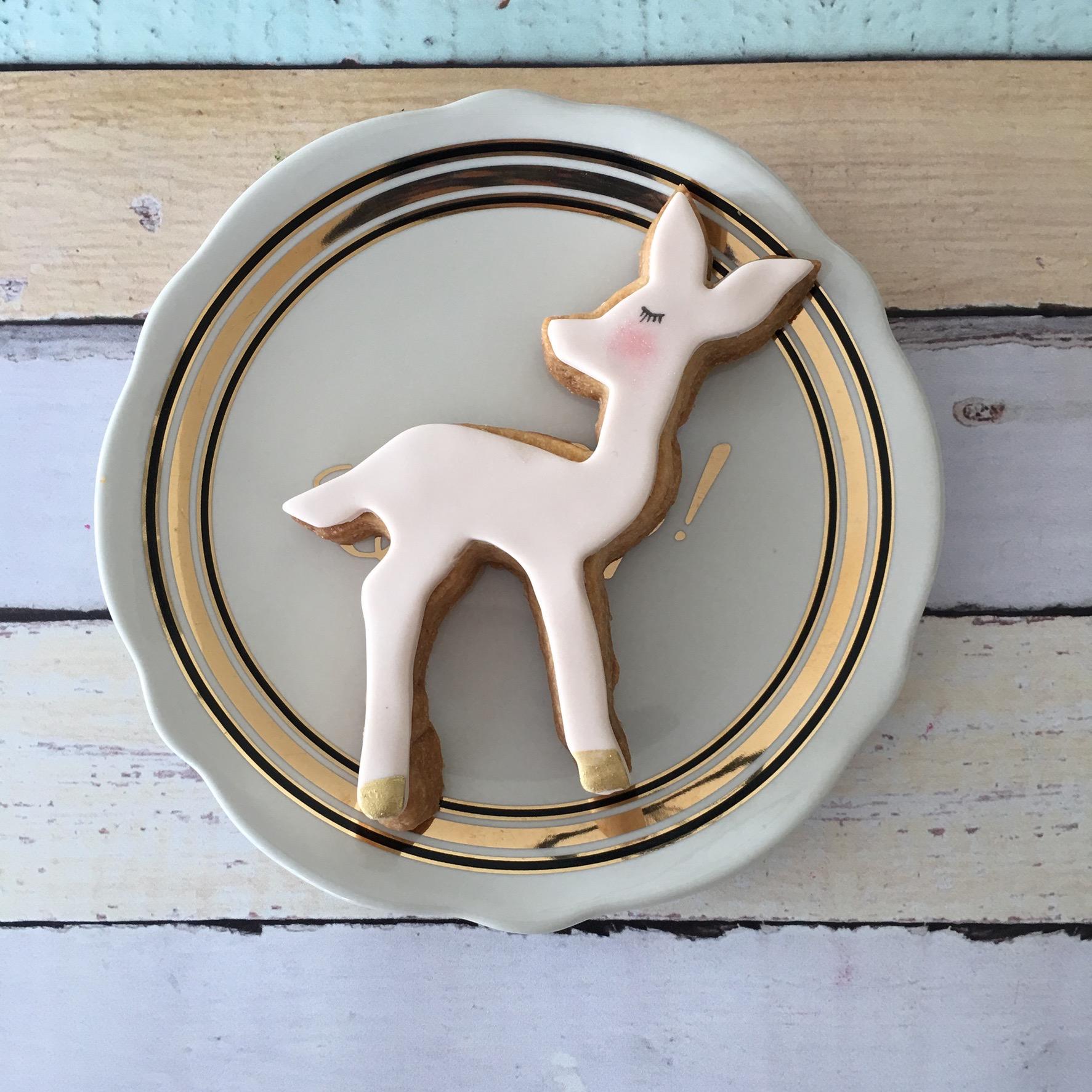 Fondant woodland deer coookie