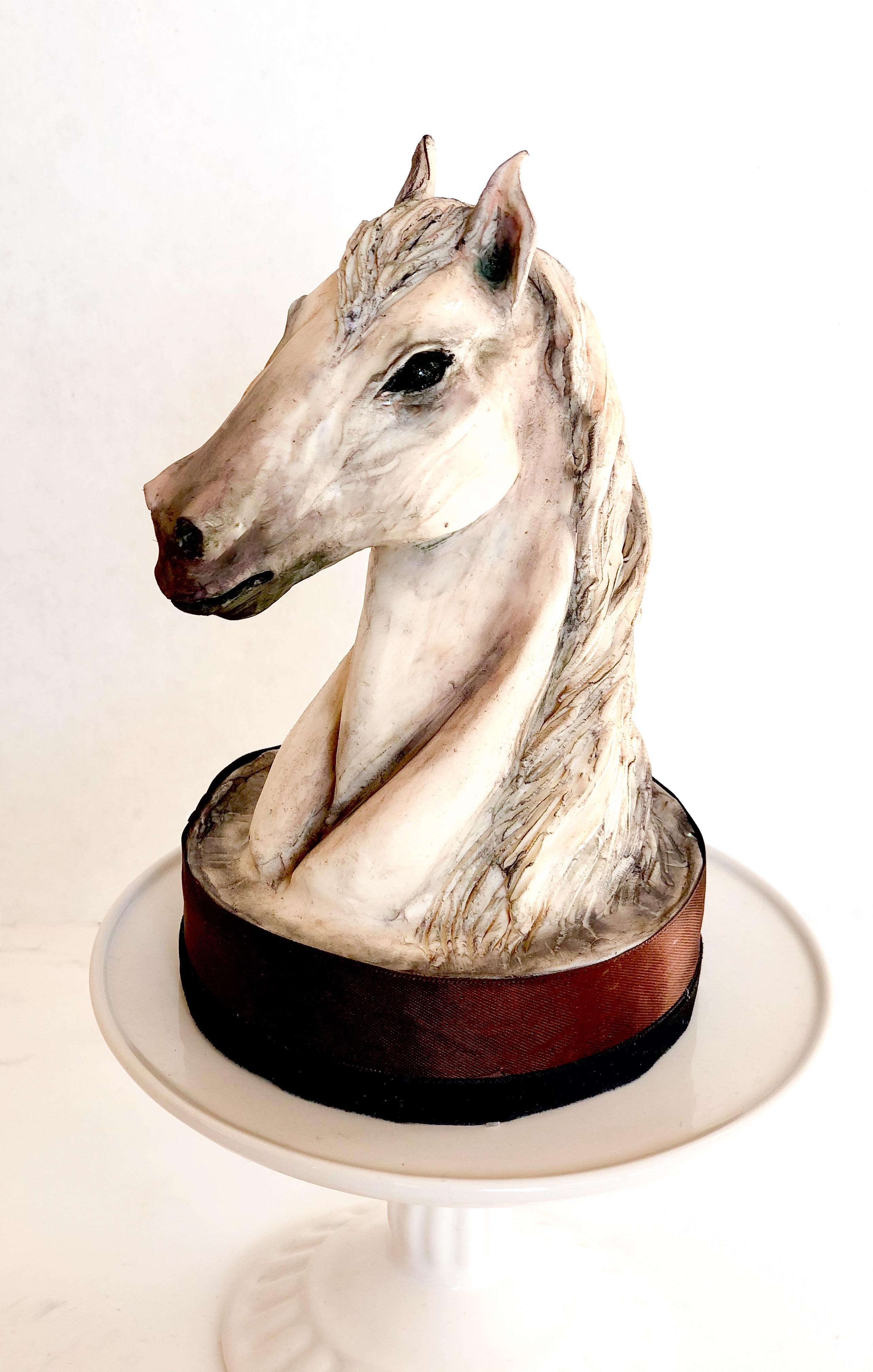 White Horse Bust Cake