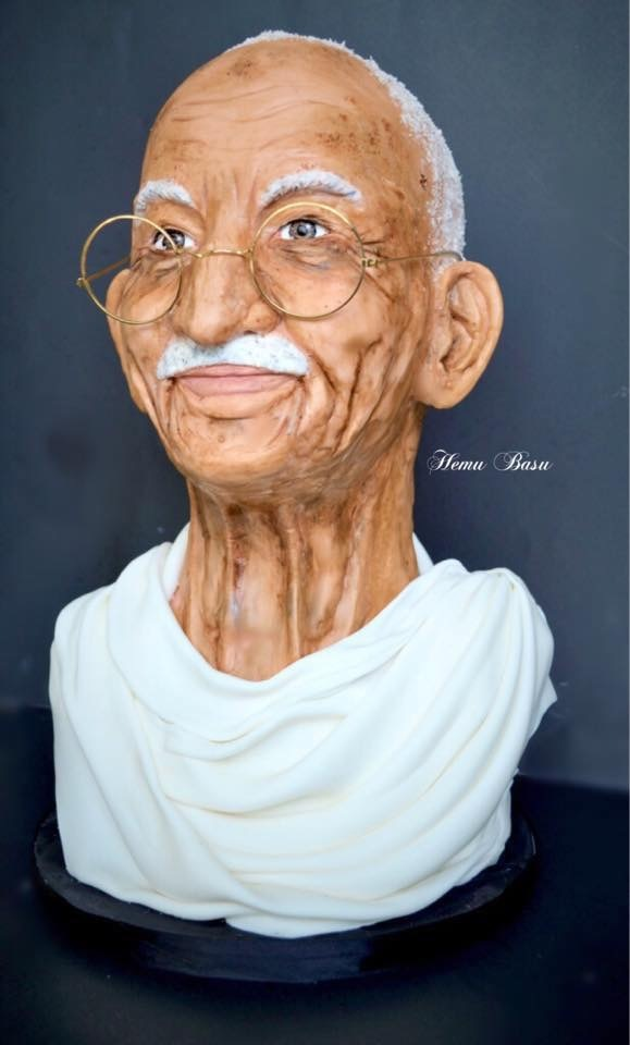 Ghandi bust cake