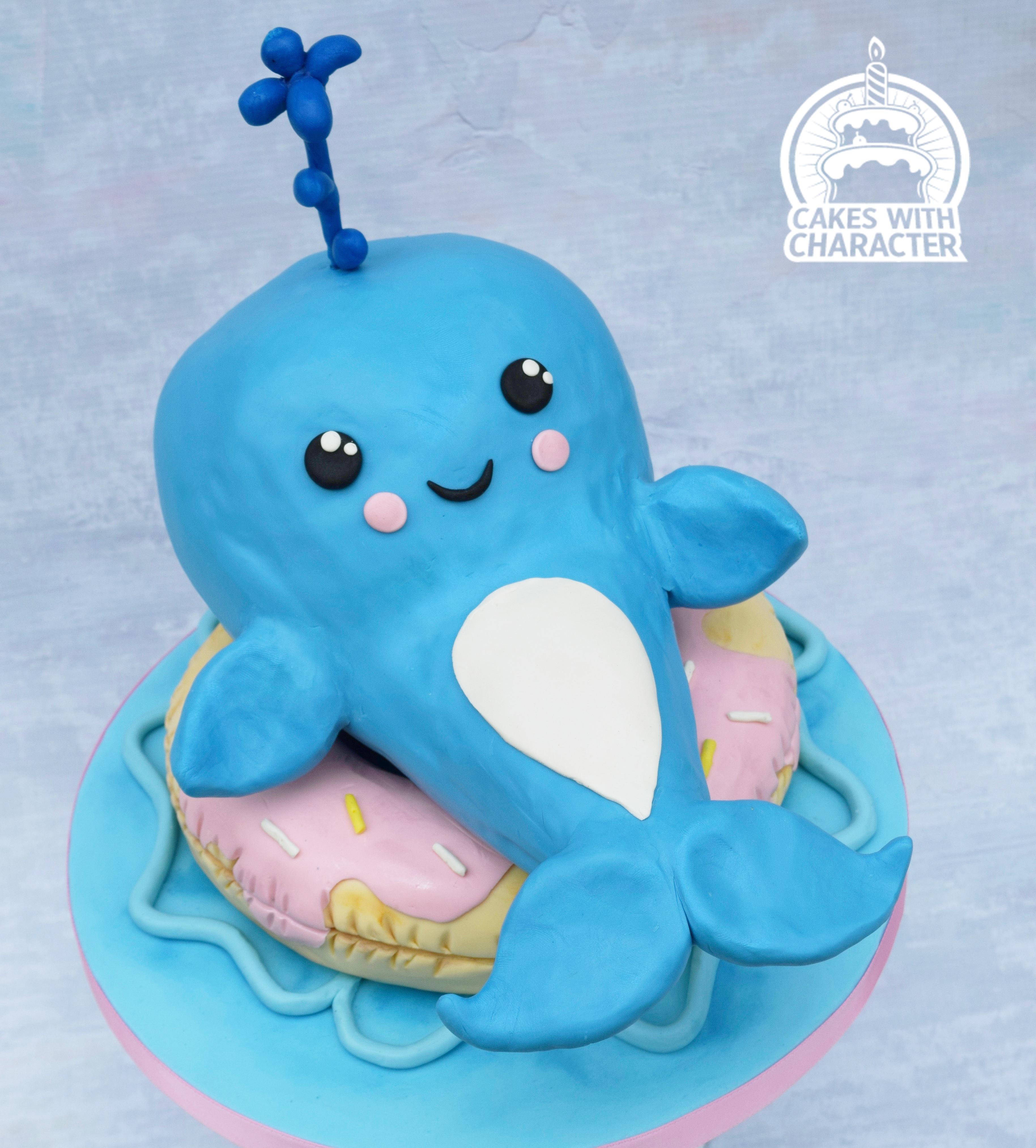 Kawaii whale cake