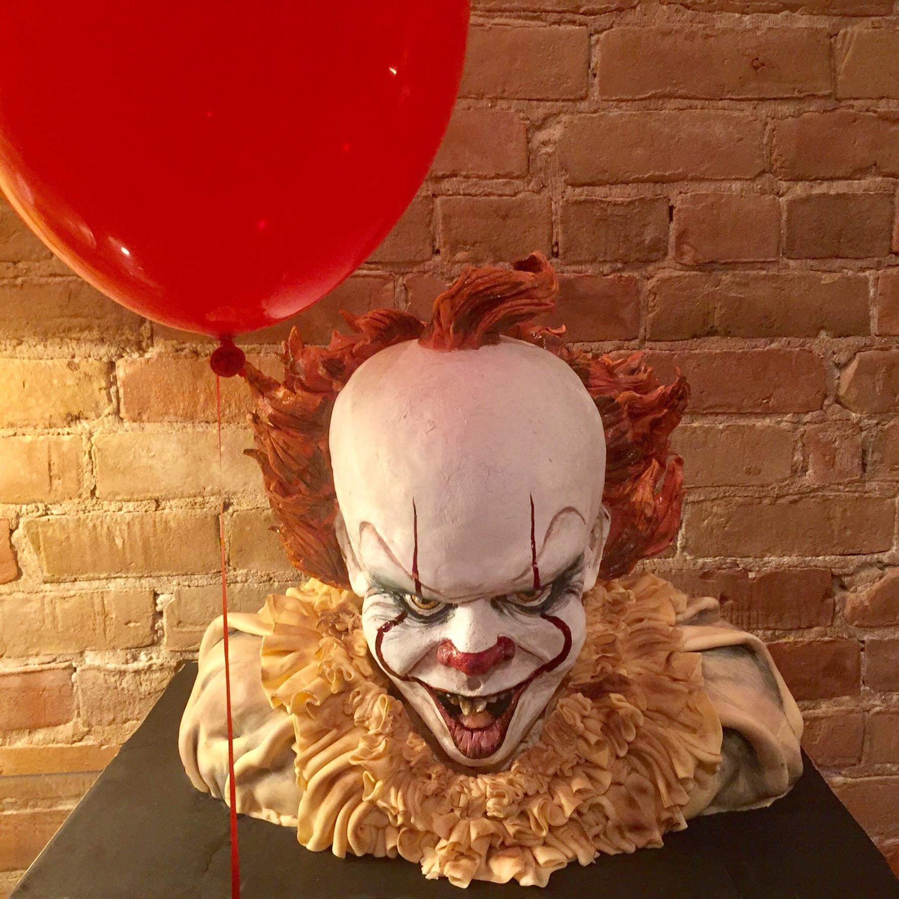 Creepy Clown bust cake