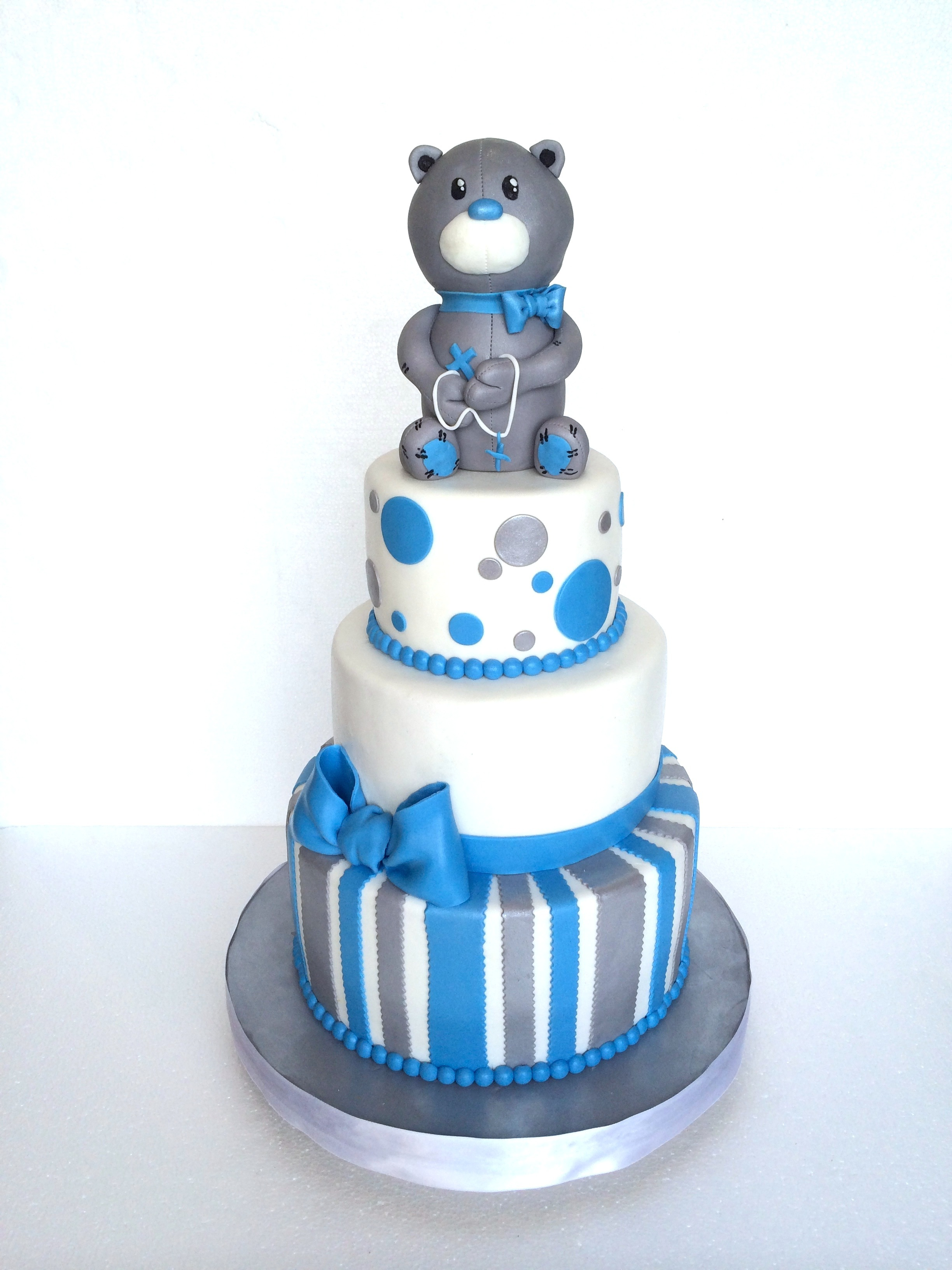 Blue & White Teddy bear Cake