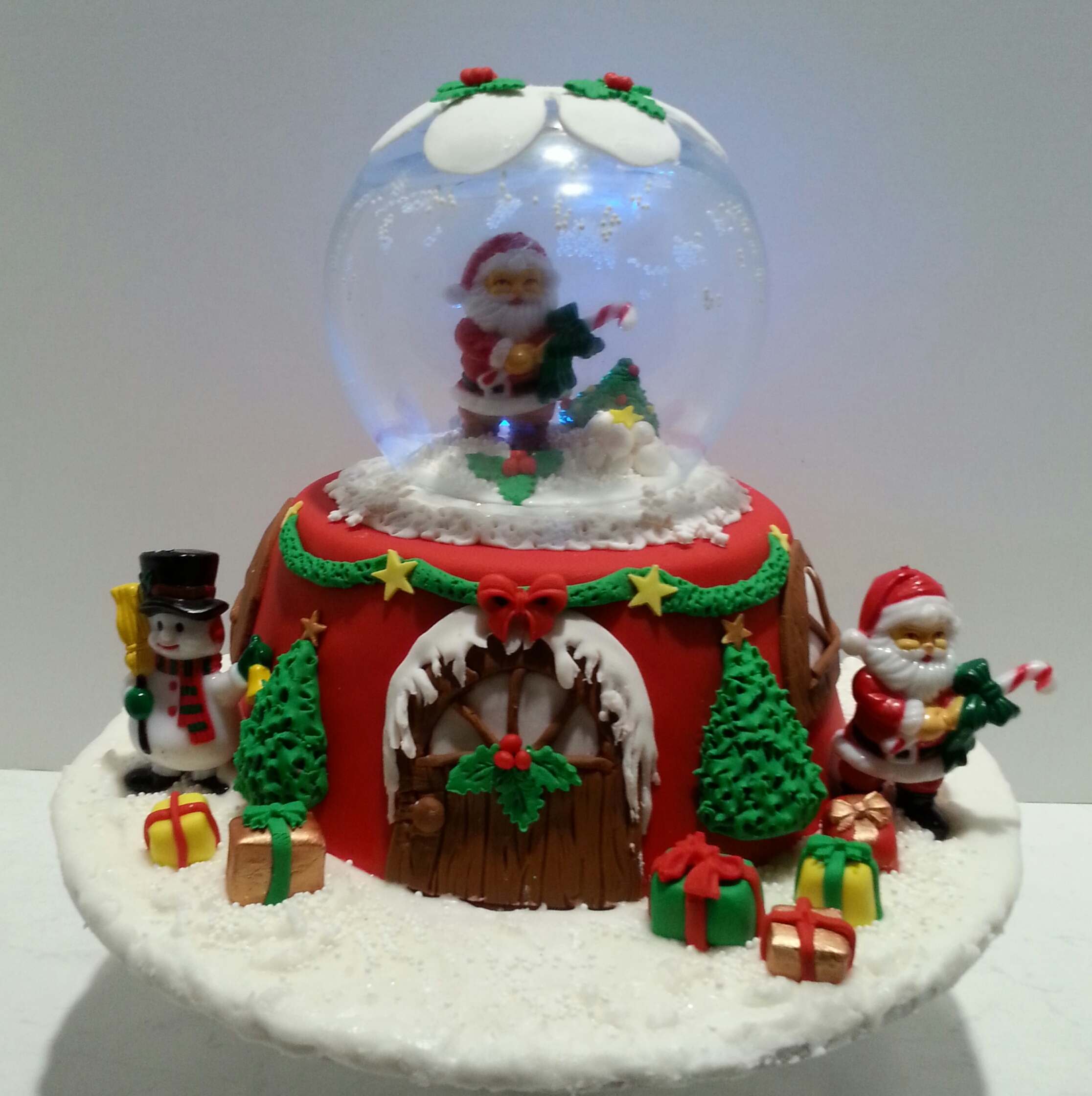Christmas Globe Cake With Lights