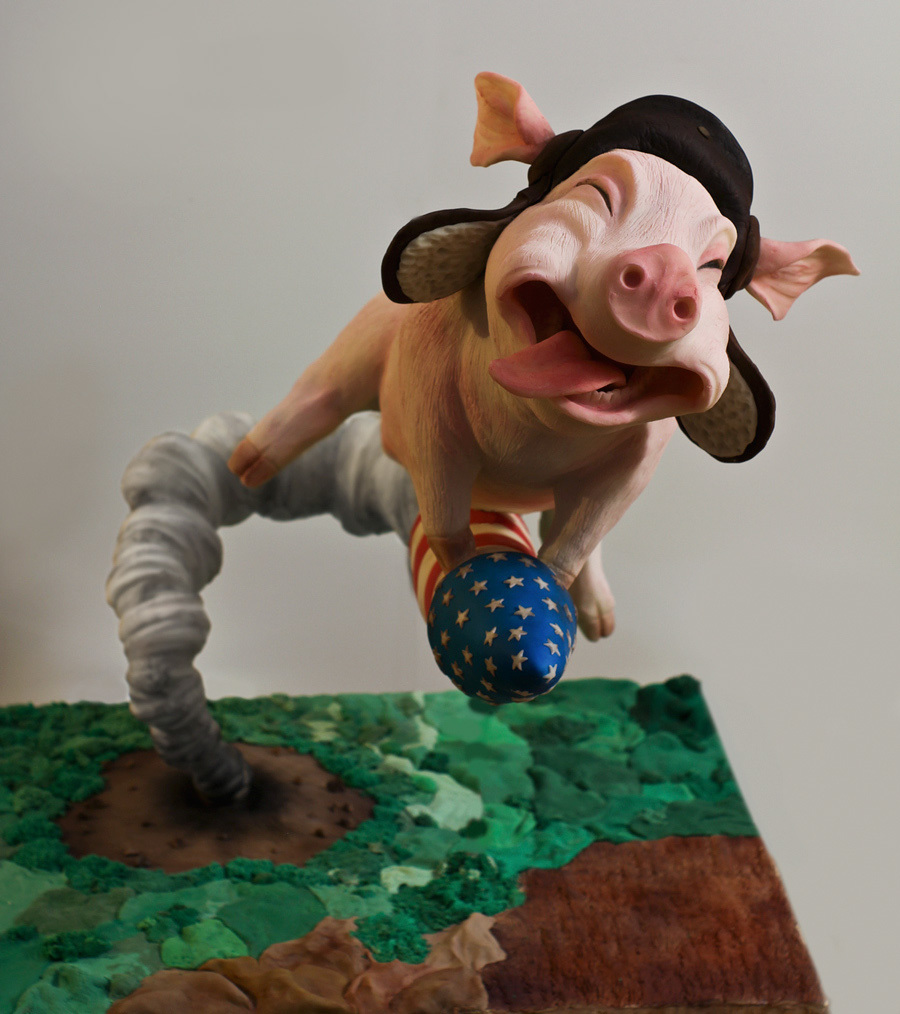 Fondant  Flying Pig sculpture