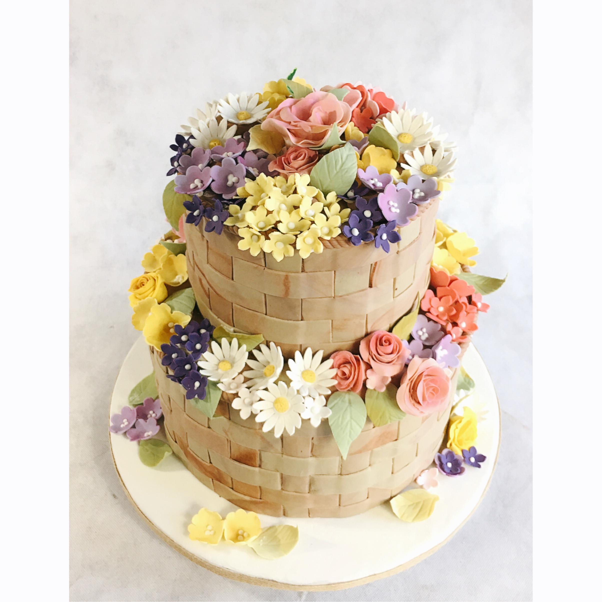 Sugar flower basket cake