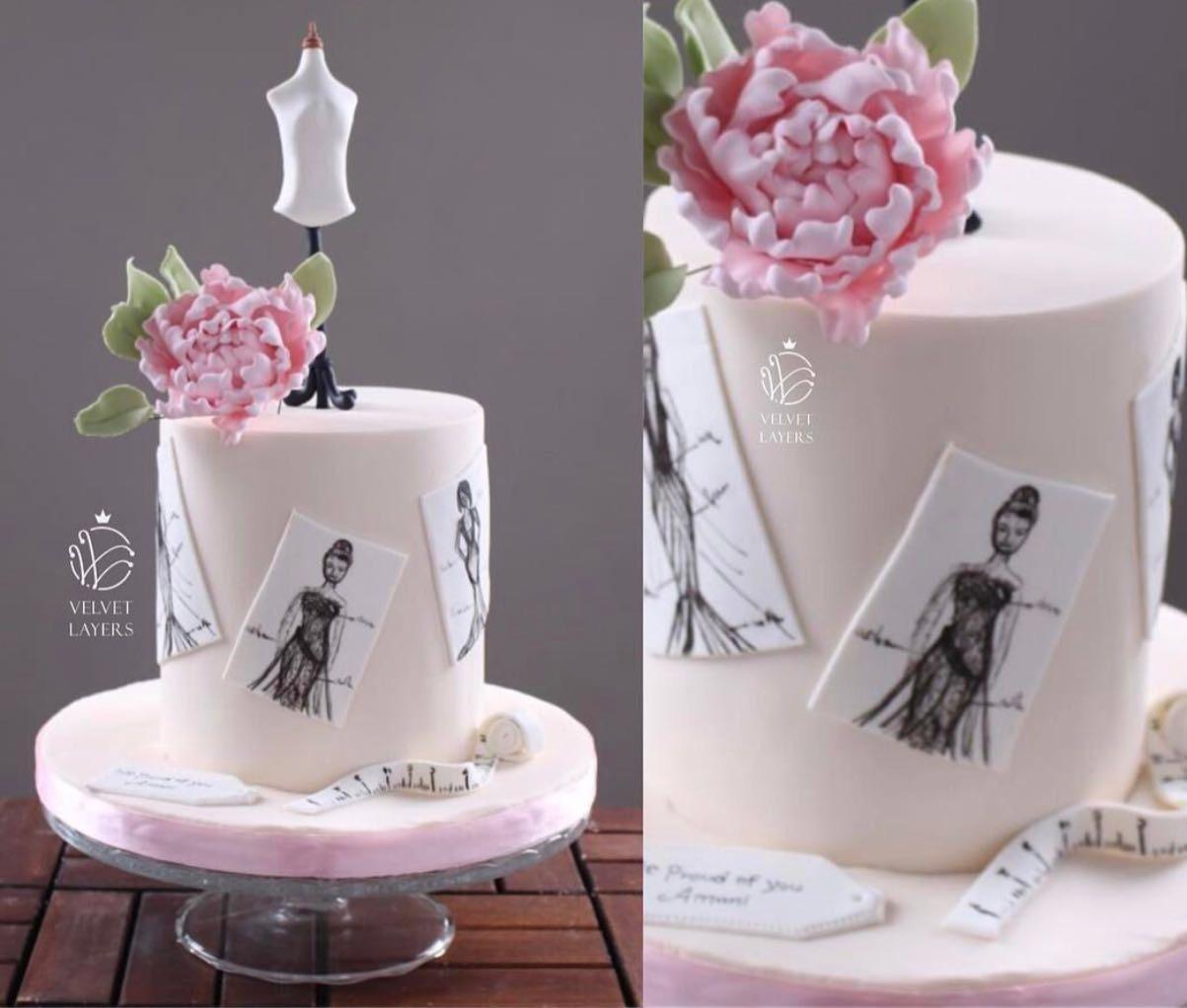 Pink mini fashion cake